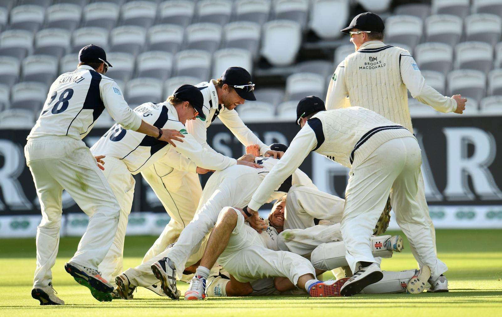 Middlesex win the County Championship