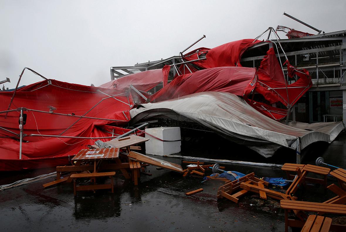 Typhoon Megi weakened to tropical storm, hits eastern China