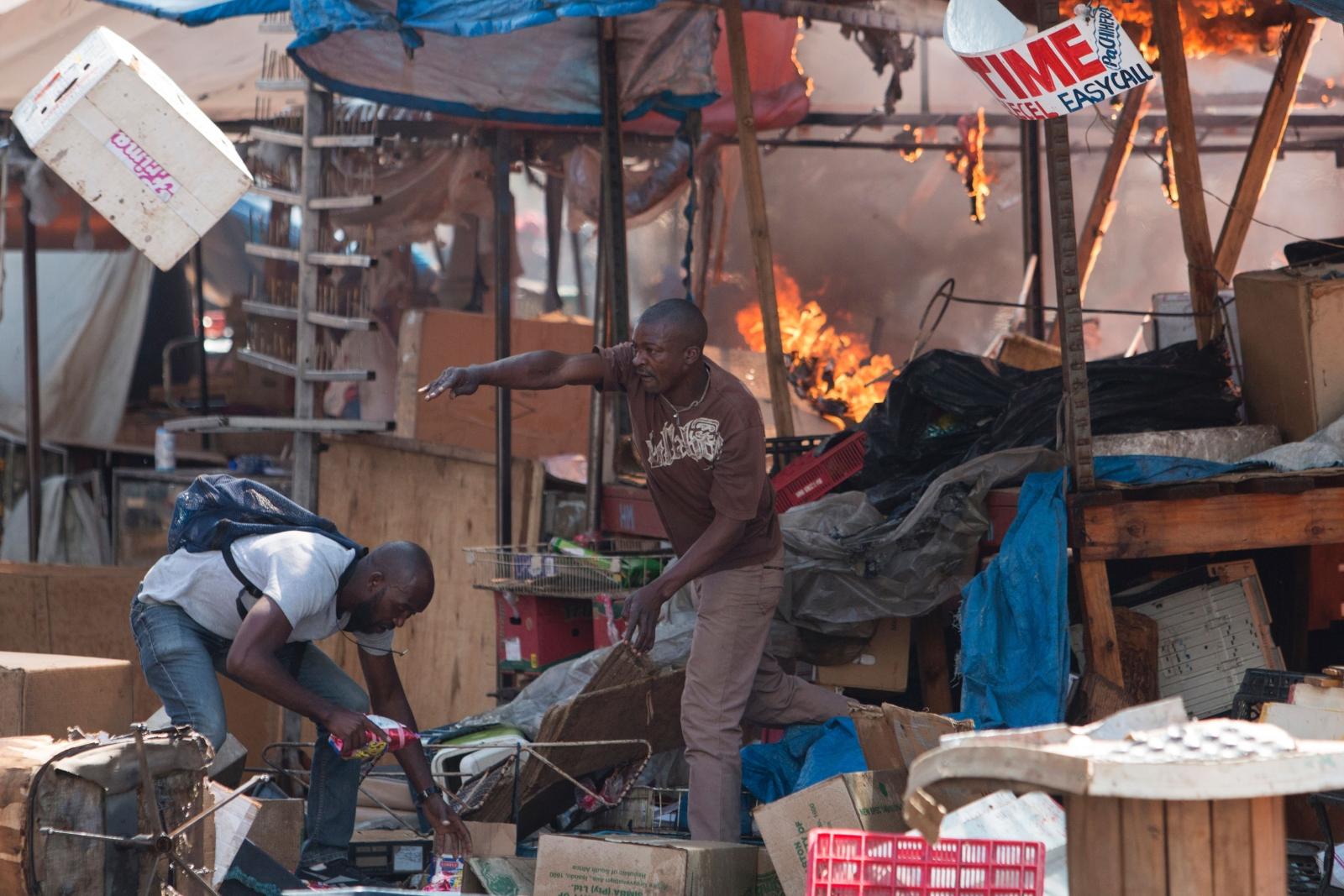 Street vendors in Harare