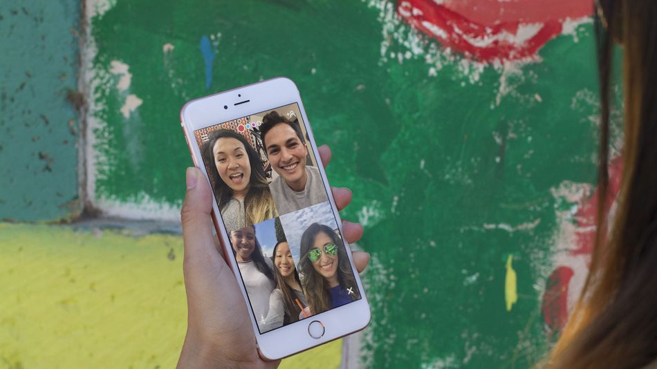 Houseparty group video chat mobile app