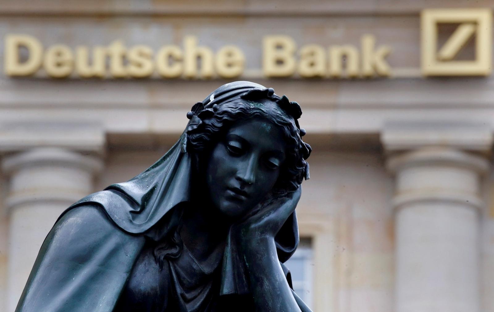 Most Asian markets decline amid Deutsche bank concerns