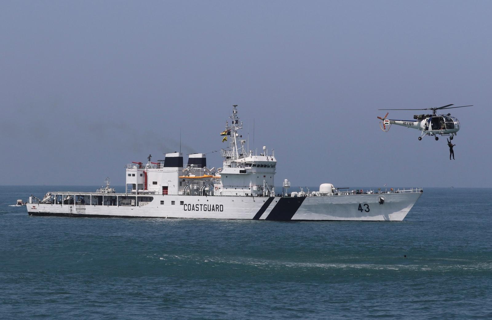 India Coast Guard Pakistan boat