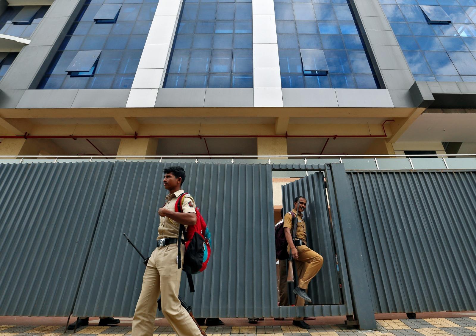 India Thane call centre raid