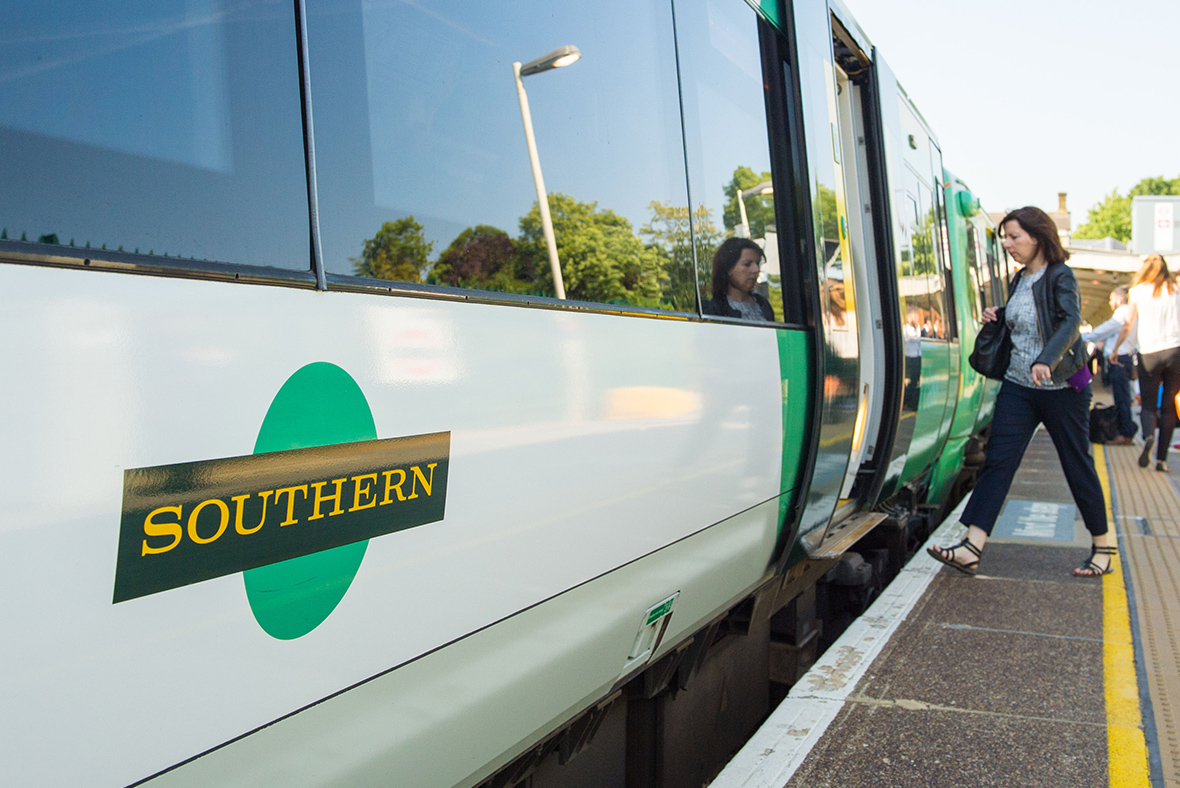 Southern Railway drivers vote to strike over driver-only train