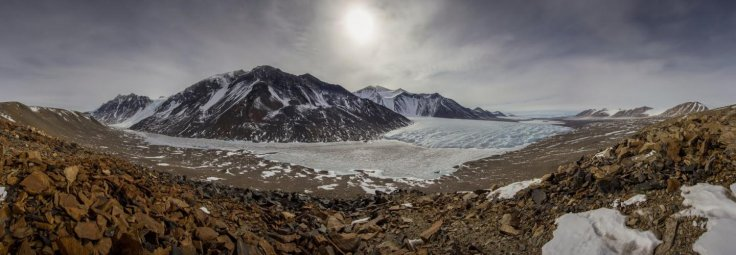 antarctic dry valleys
