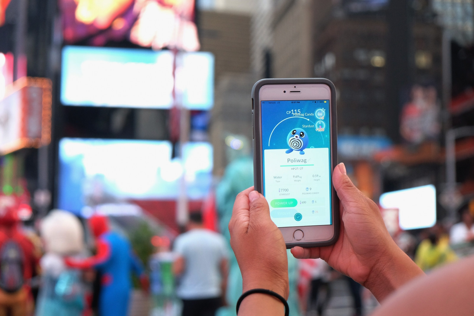 Pokemon Go gets another update, now lets you earn a catch bonus