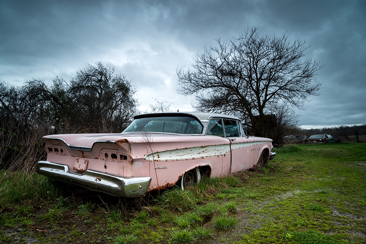 Haunting photographs of abandoned icons of the American dream
