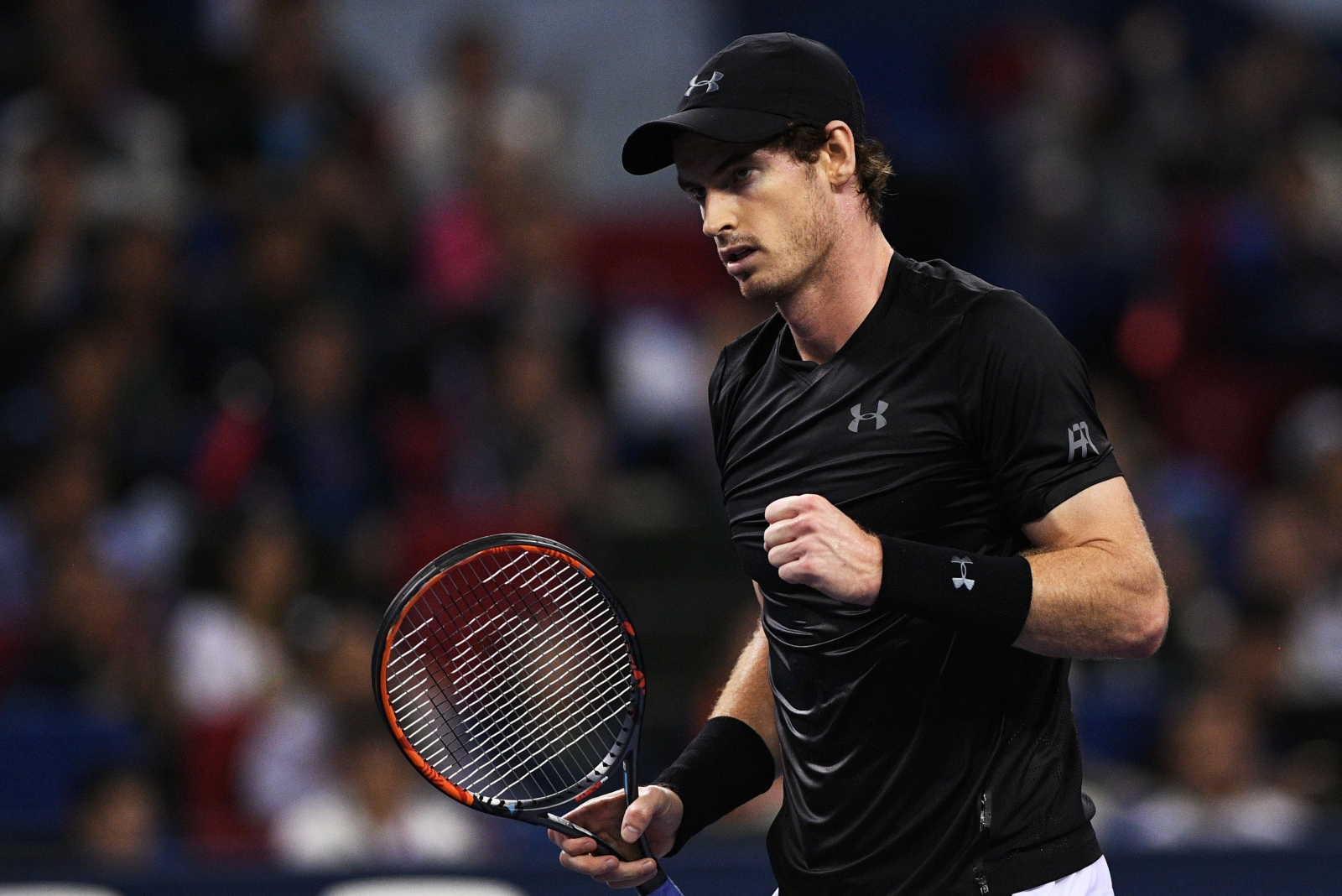 Andy Murray powers past Bautista Agut to win Shanghai Masters
