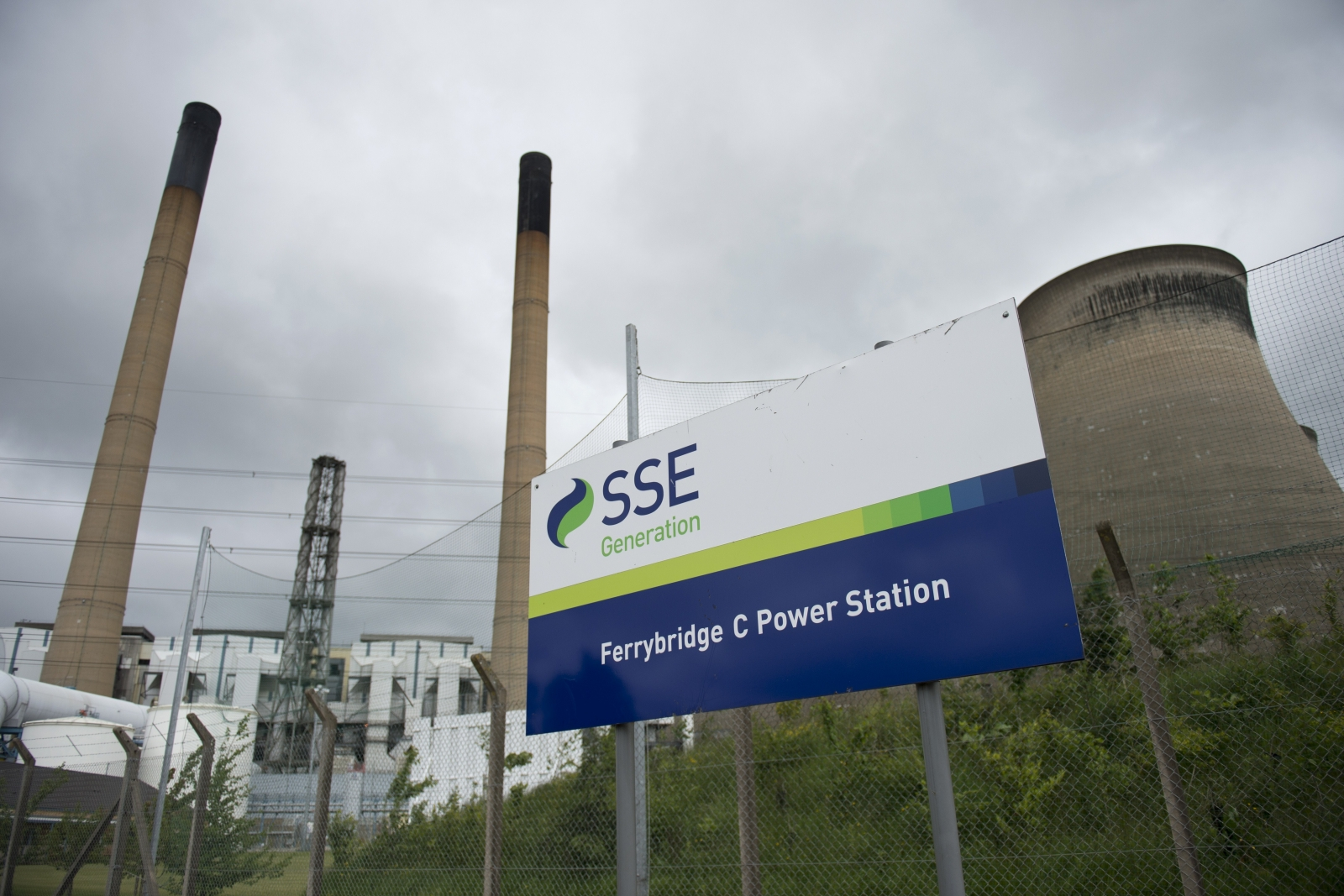 SSE to sell 16.7% stake in SGN to Abu Dhabi Investment Authority for £621m