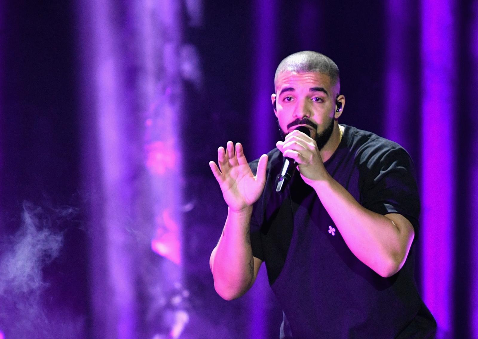Drake tour