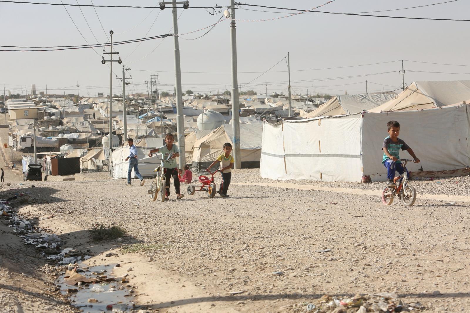 Displaced Iraqi children