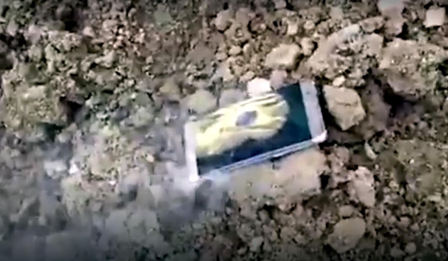 Samsung Galaxy Note 7 smoking in China