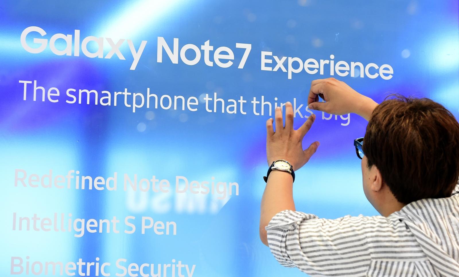 Galaxy Note 7 explosion damage
