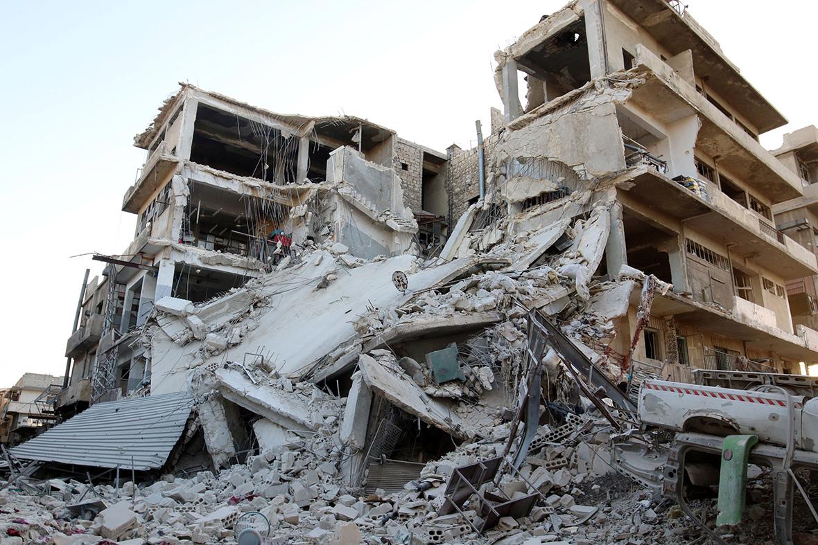 Aleppo air strikes cease fire russia