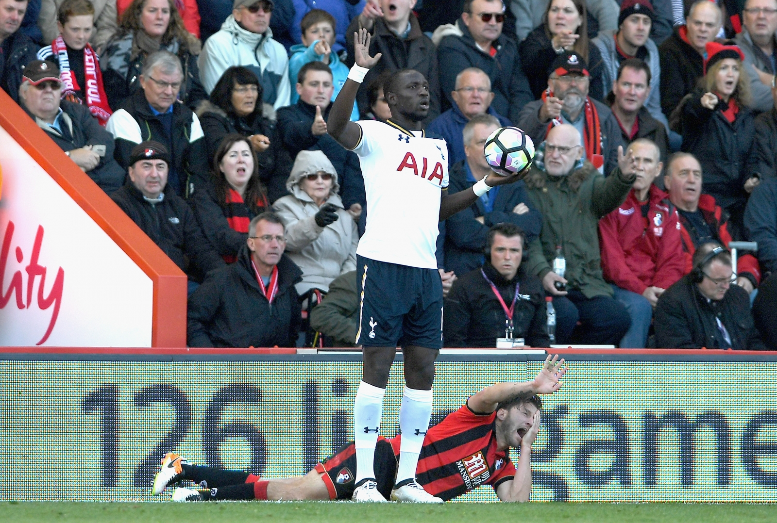 Moussa Sissoko and Harry Arter