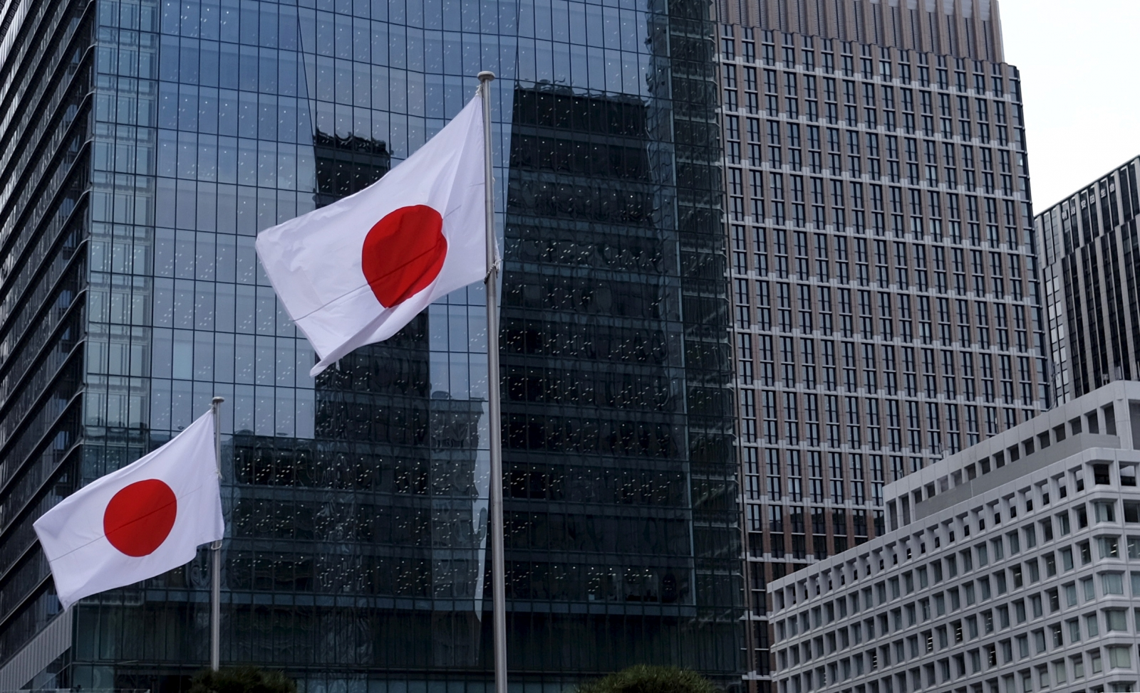 Most Asian stock markets rise amid better than expected export numbers in Japan