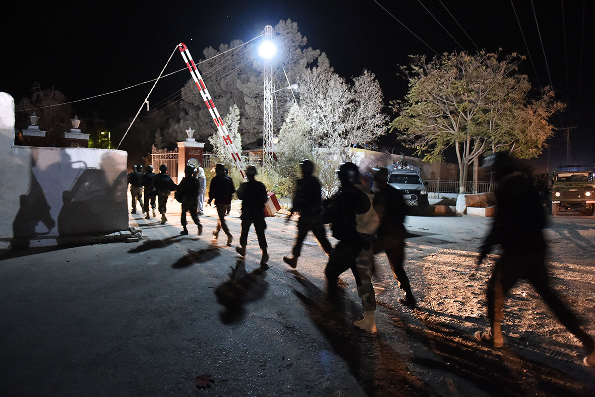 Pakistan: Gunmen kill dozens in attack at police academy in Quetta