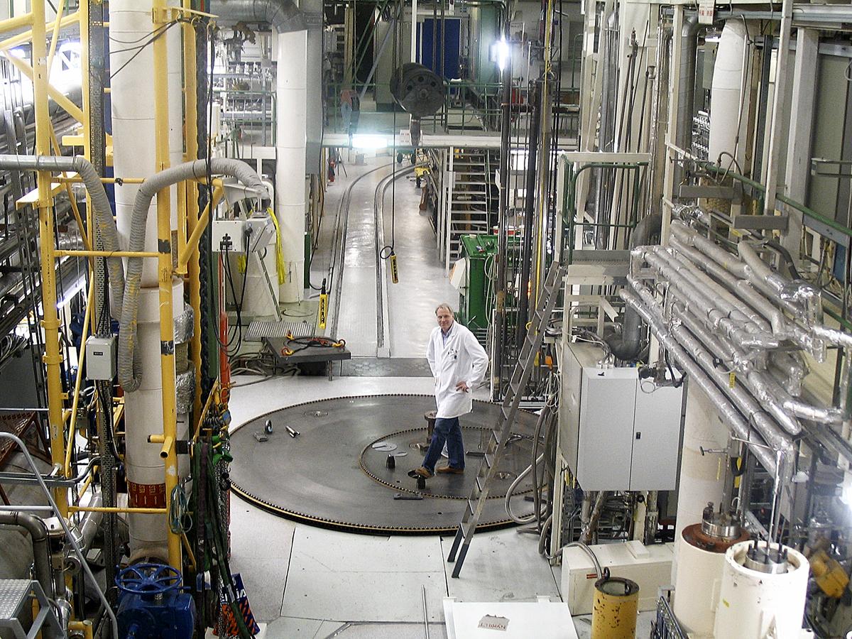 The reactor hall of the Halden Reactor