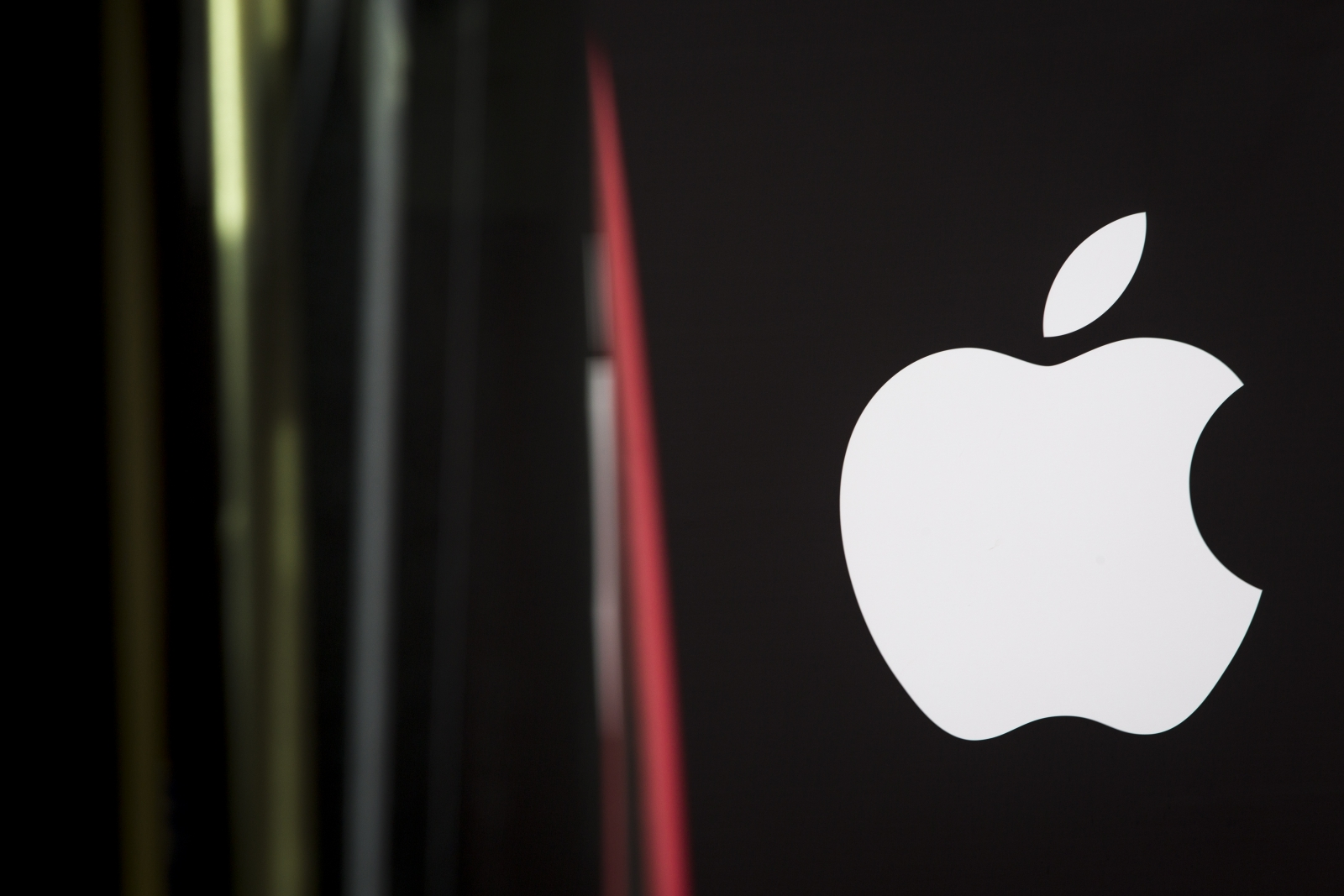 Apple developing car operating system