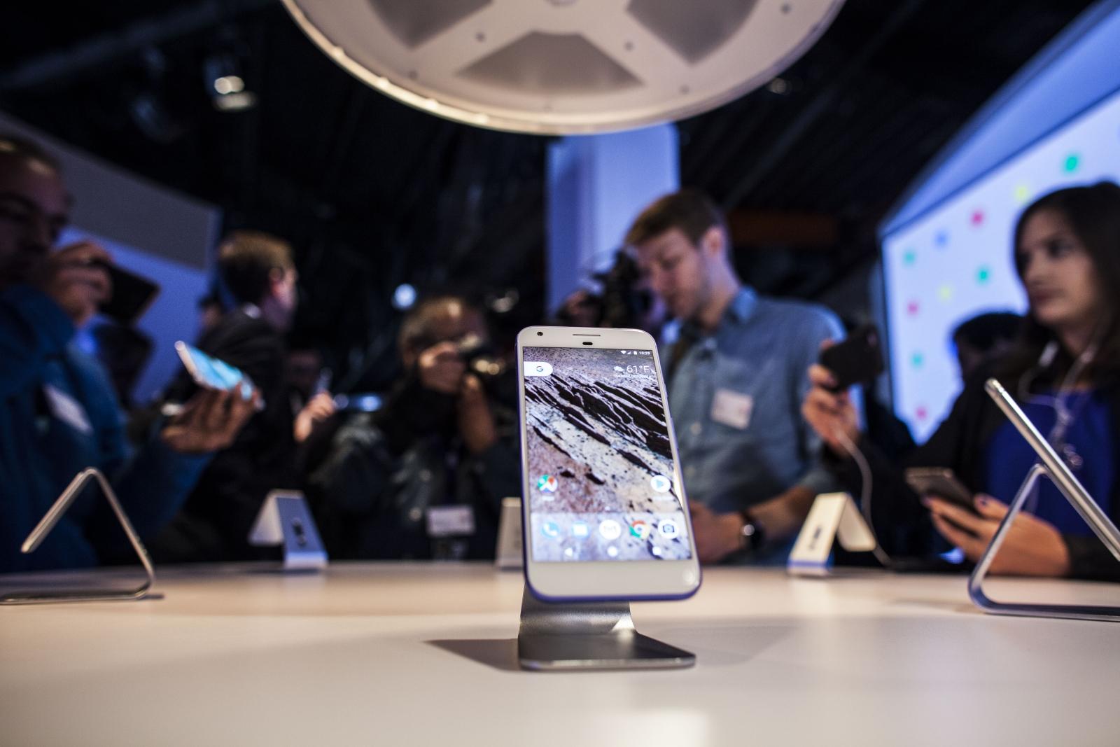 Google Pixel and Pixel XL battery tips