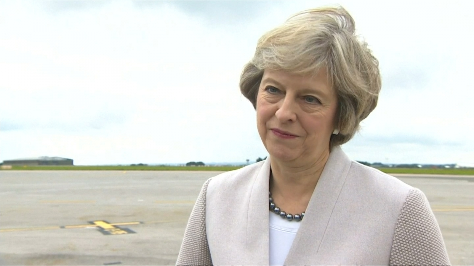 Theresa May hails Nissan's investment