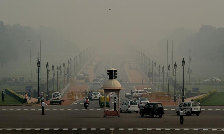 Delhi smog levels