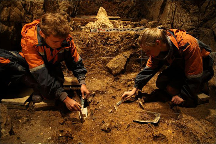 Denisova cave excavation