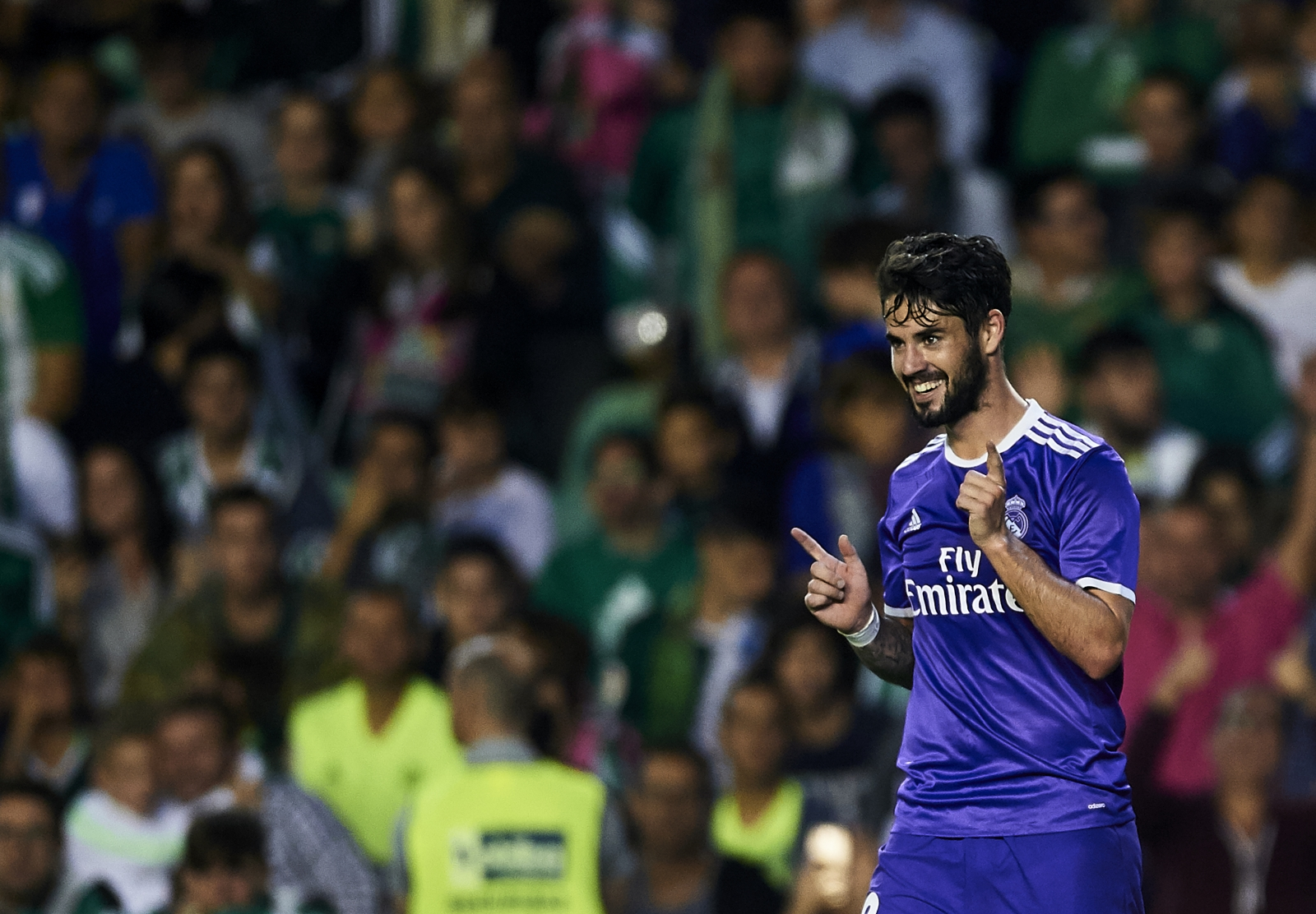 Tottenham Transfer News Isco Reaches Pre Agreement To Sign New
