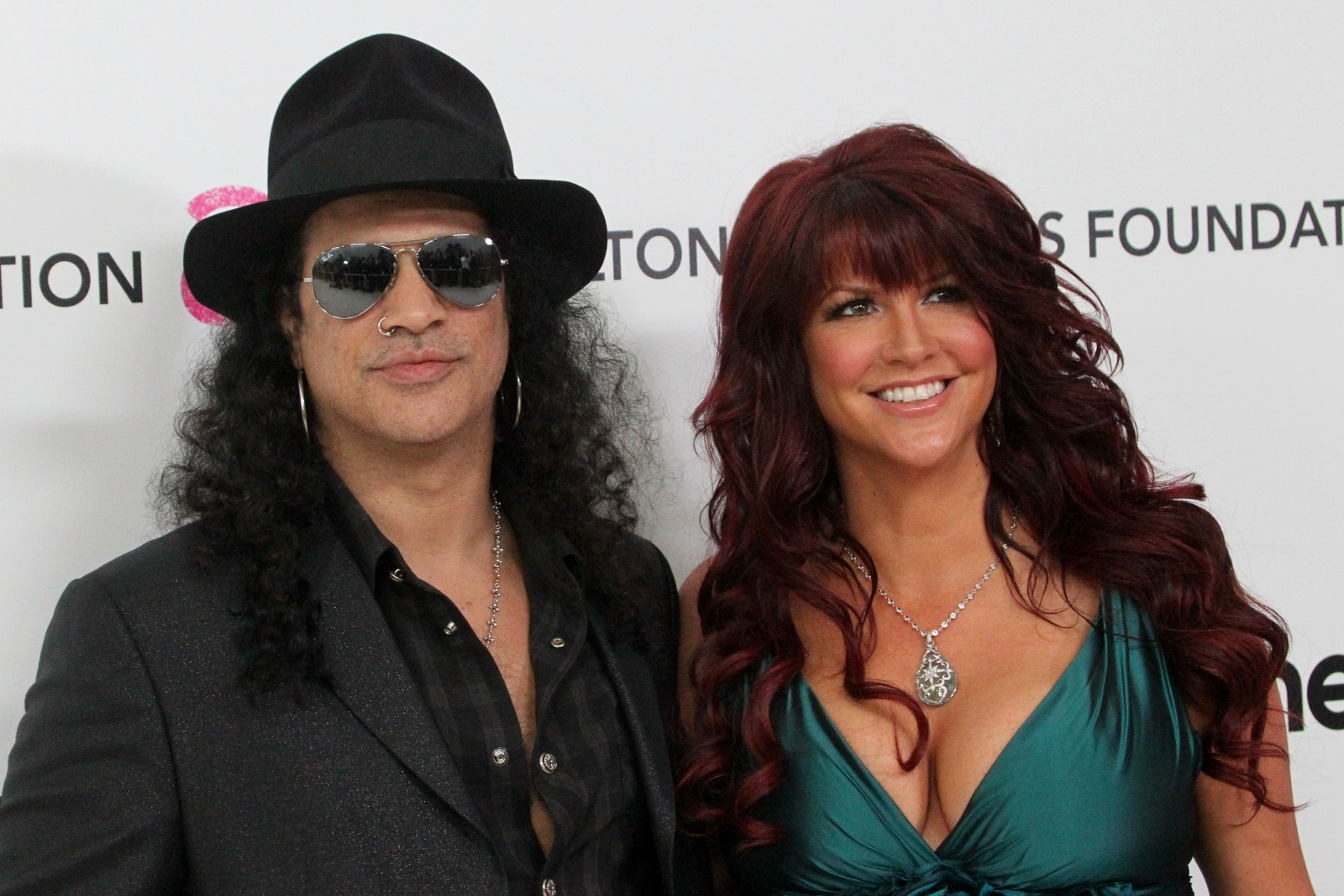Slash divorce: Guns N' Roses star's wife Perla Ferrar ...