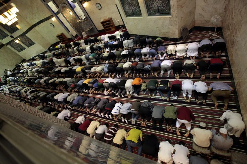 Saudi Arabia Warns Non-Muslims
