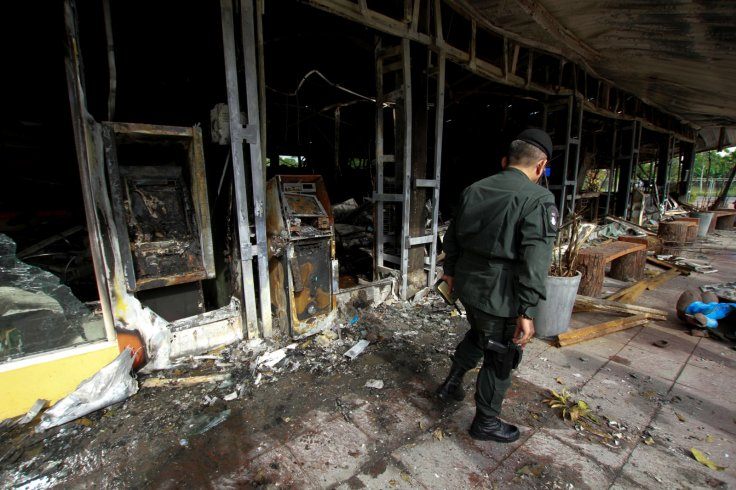 Thailand bomb and gun attacks