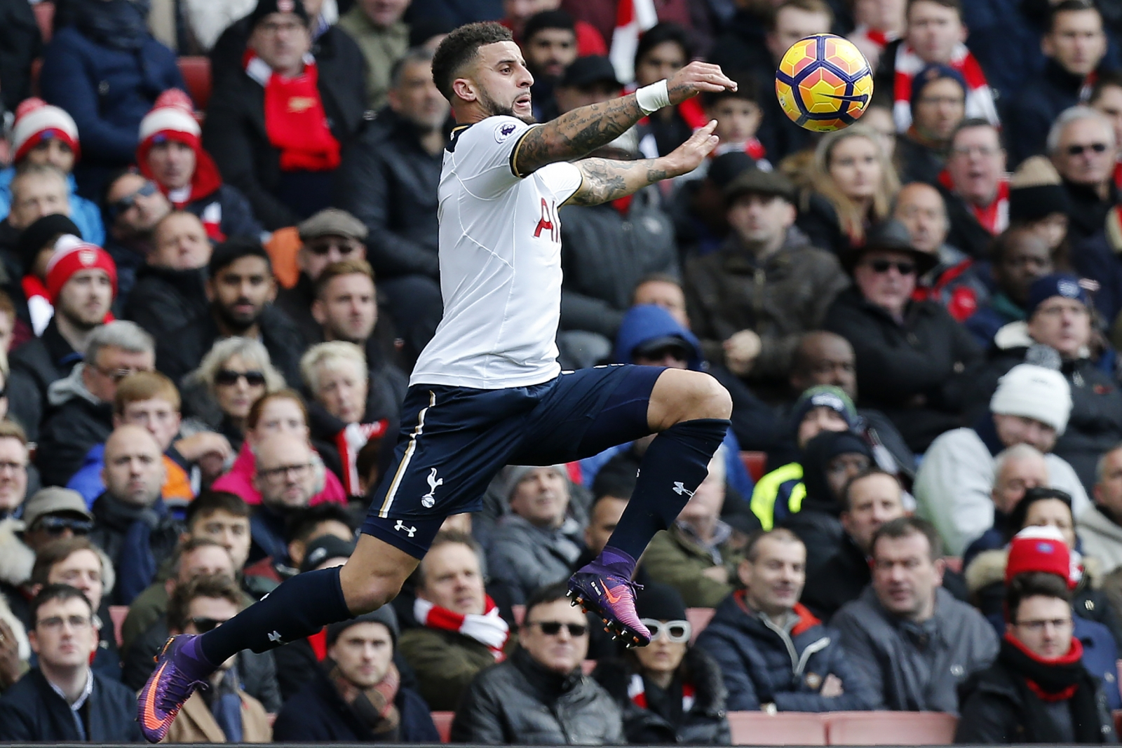 Arsenal 1-1 Tottenham Hotspur: Harry Kane penalty earns a draw for ...