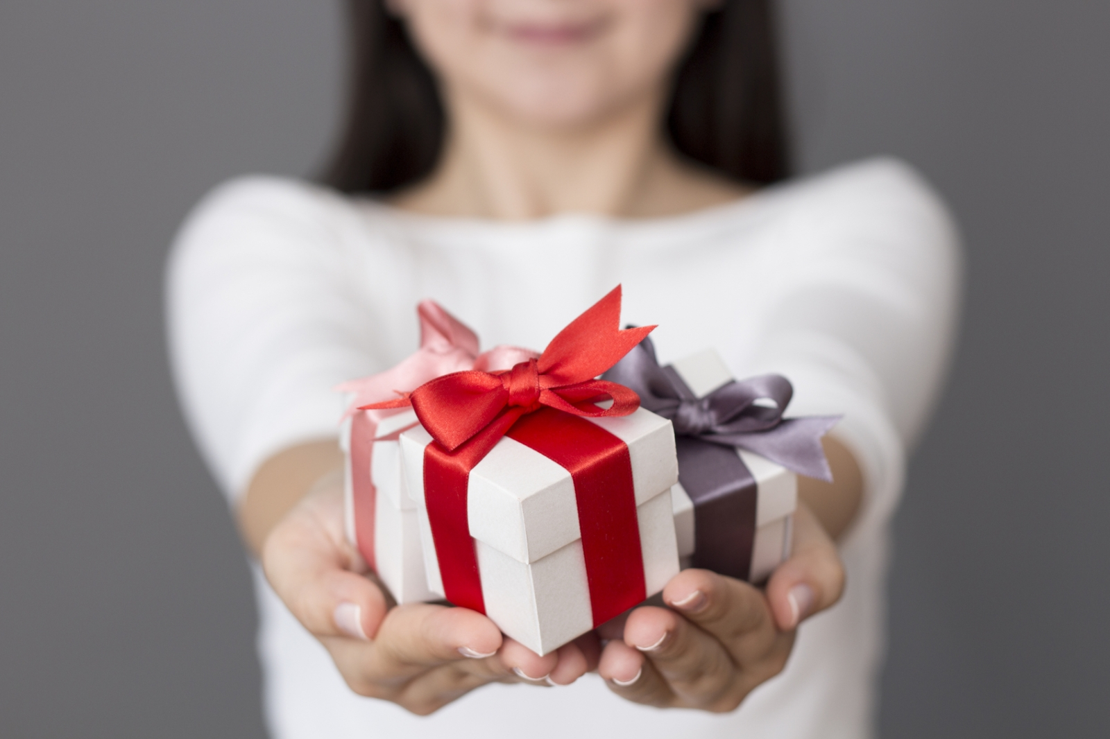 When To Send Wedding Gift: The 'warm Glow' You Get From Generosity Is A Real