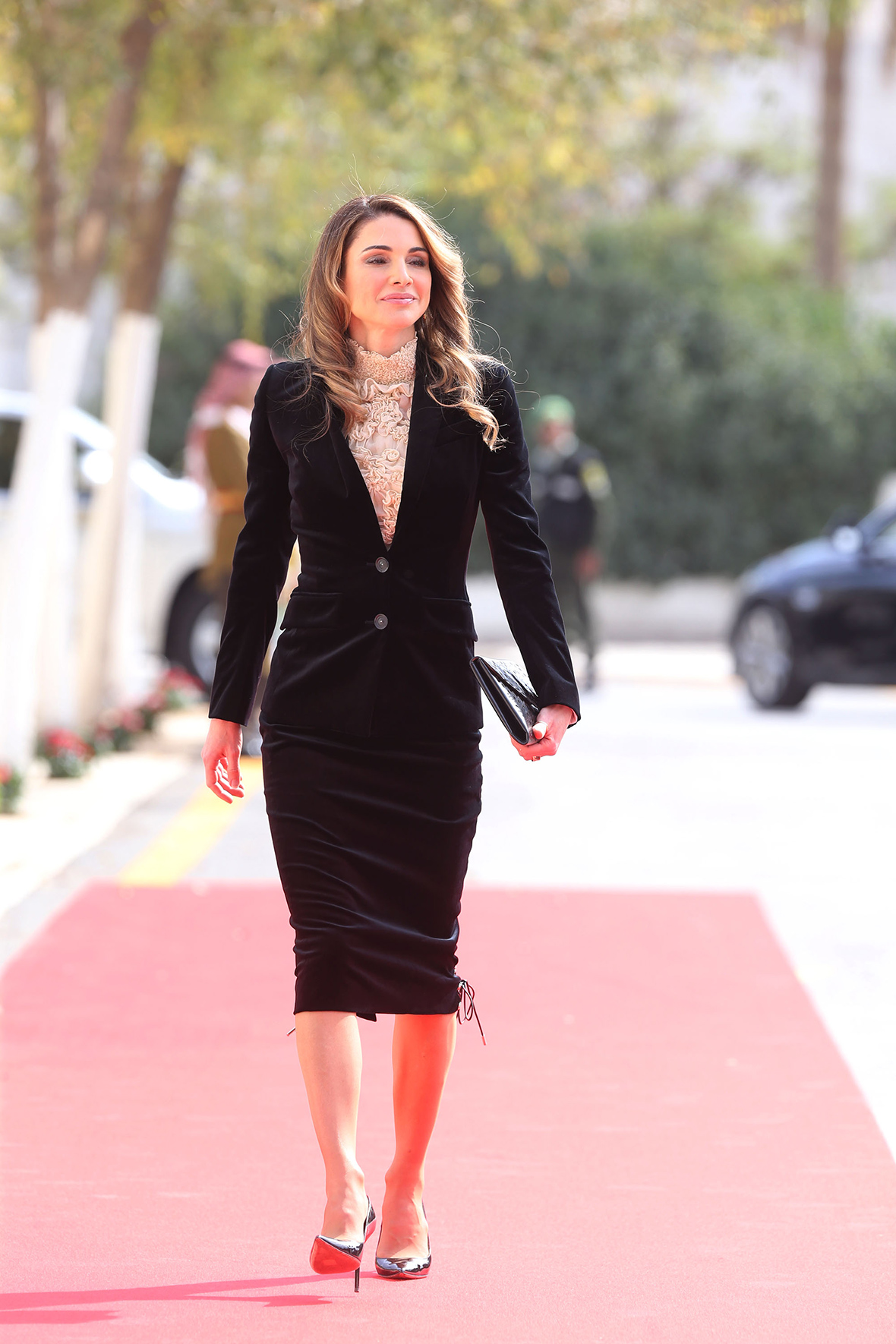 What Is Uber Black >> Risqué royal: Queen Rania attends Jordanian parliament ...