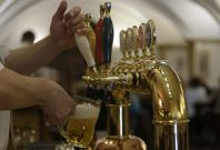 Punch Taverns swings to pretax profit of £60m in fiscal 2016