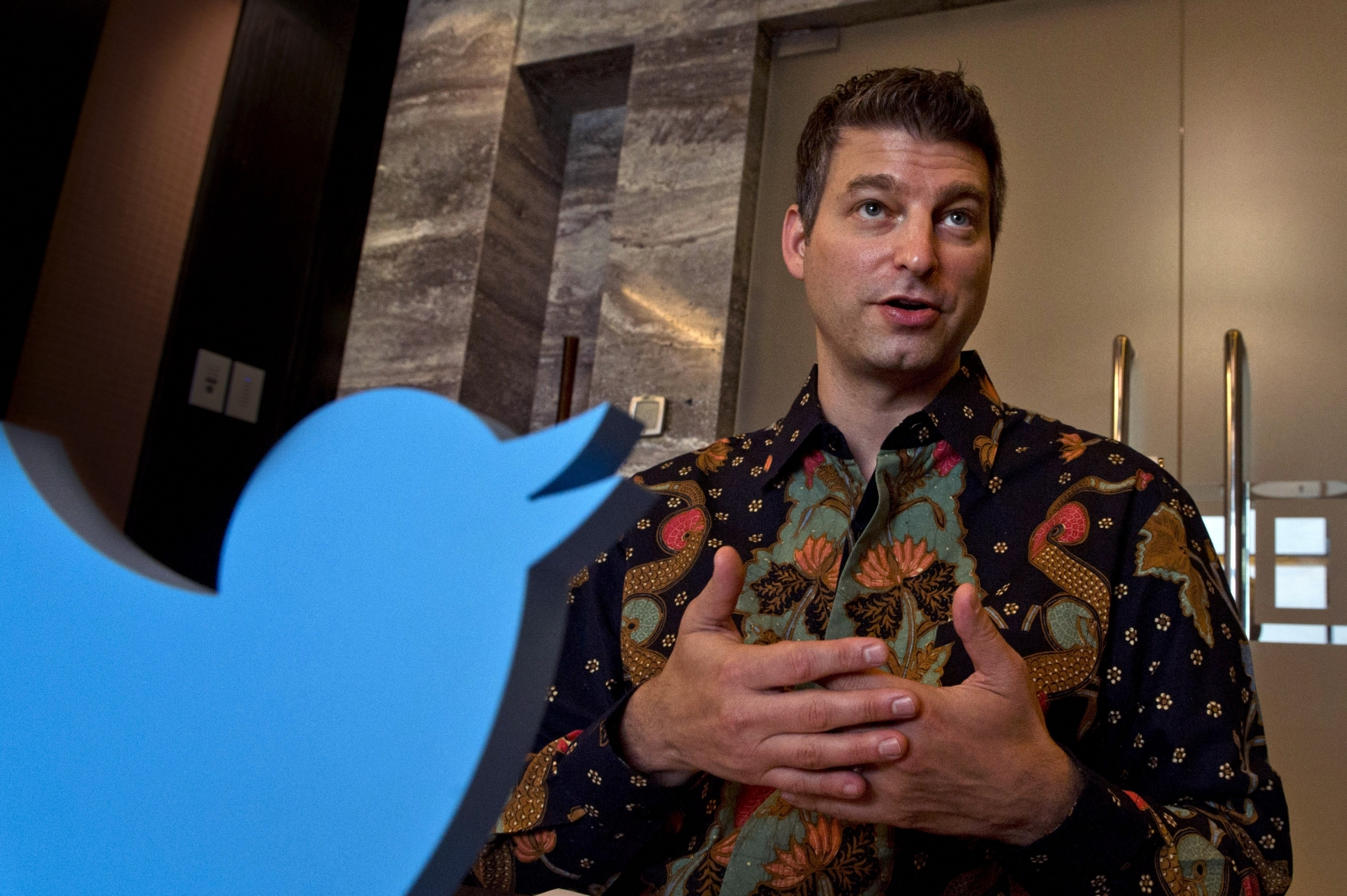 Twitter COO Adam Bain steps down