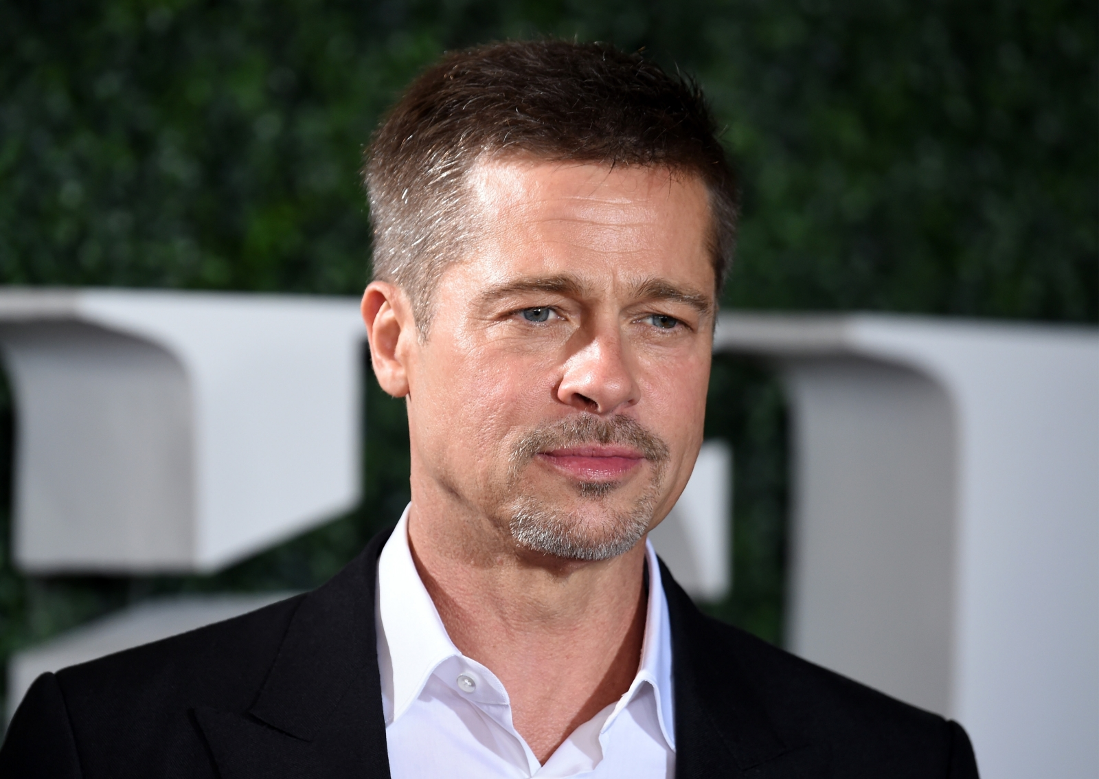 Brad Pitt looks 'tired' and 'worn down', custody battle ...