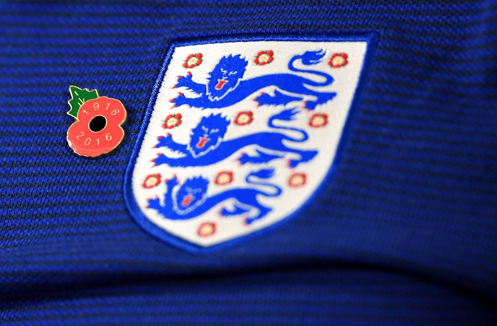 England poppy tribute