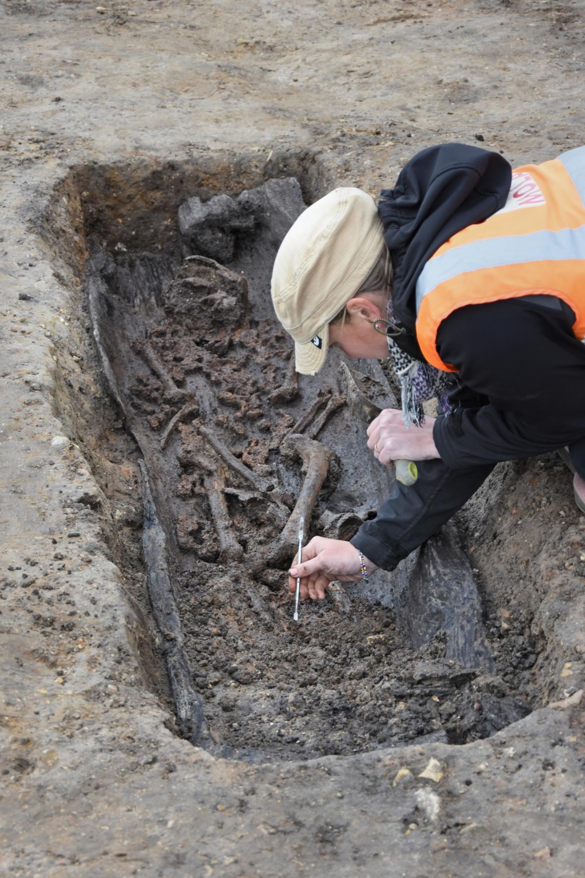 norfolk anglo saxon grave