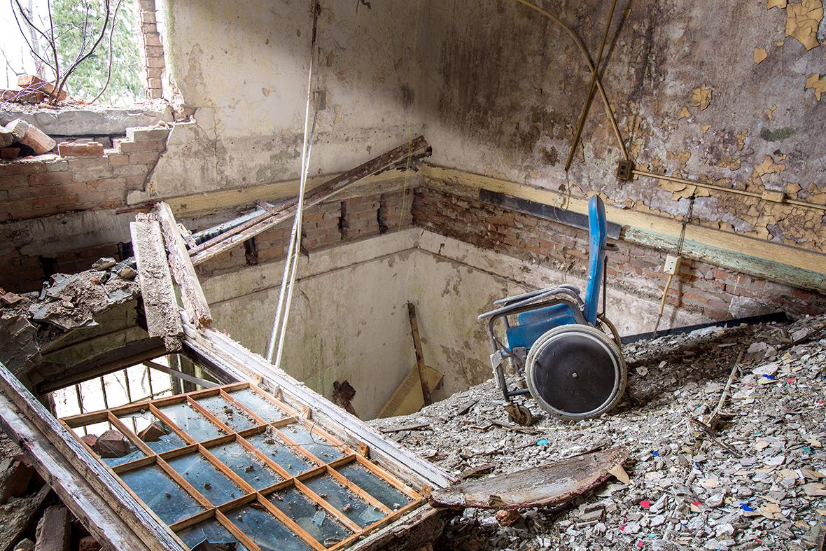 Abandoned Asylums Matt Van der Velde