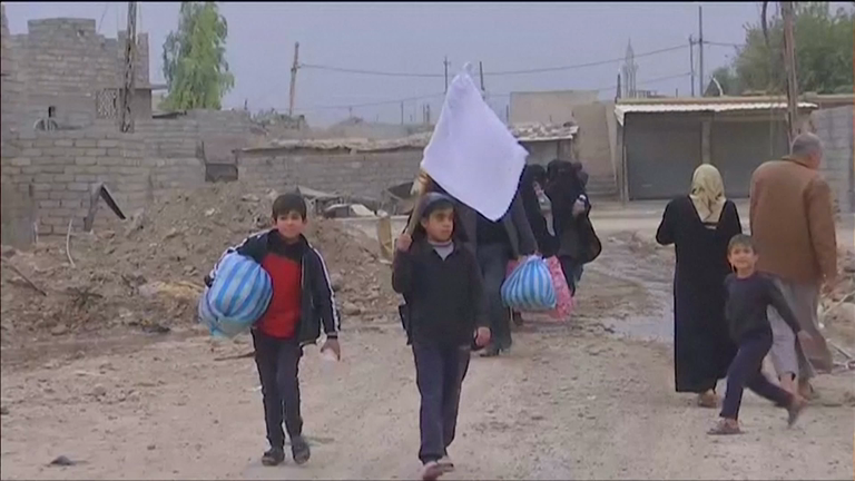 Battle for Mosul: Intense fighting sees families fleeing