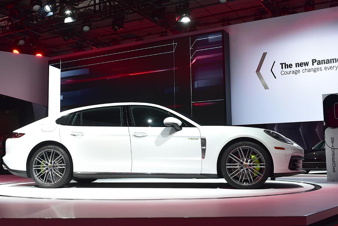 Los Angeles LA Auto Show 2016