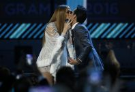 Jennifer Lopez and Marc Anthony kiss
