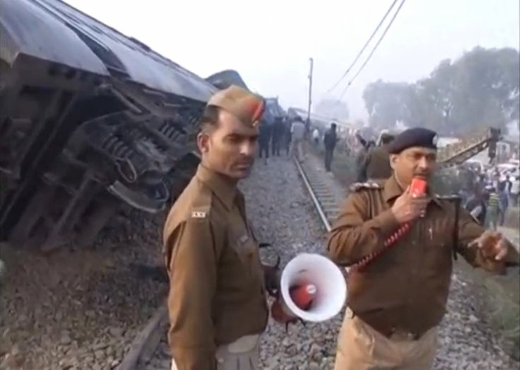 India Kanpur train accident