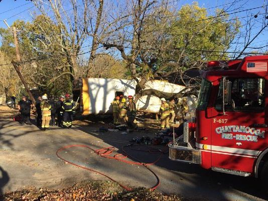 12 students killed with many injured in Chattanooga bus crash