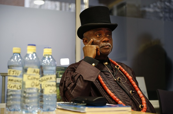 Nigerians sue Shell over oil spills