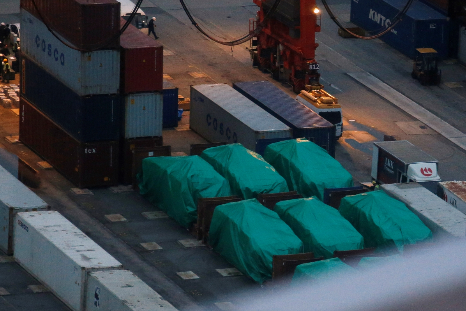 Hong Kong Singapore shipment