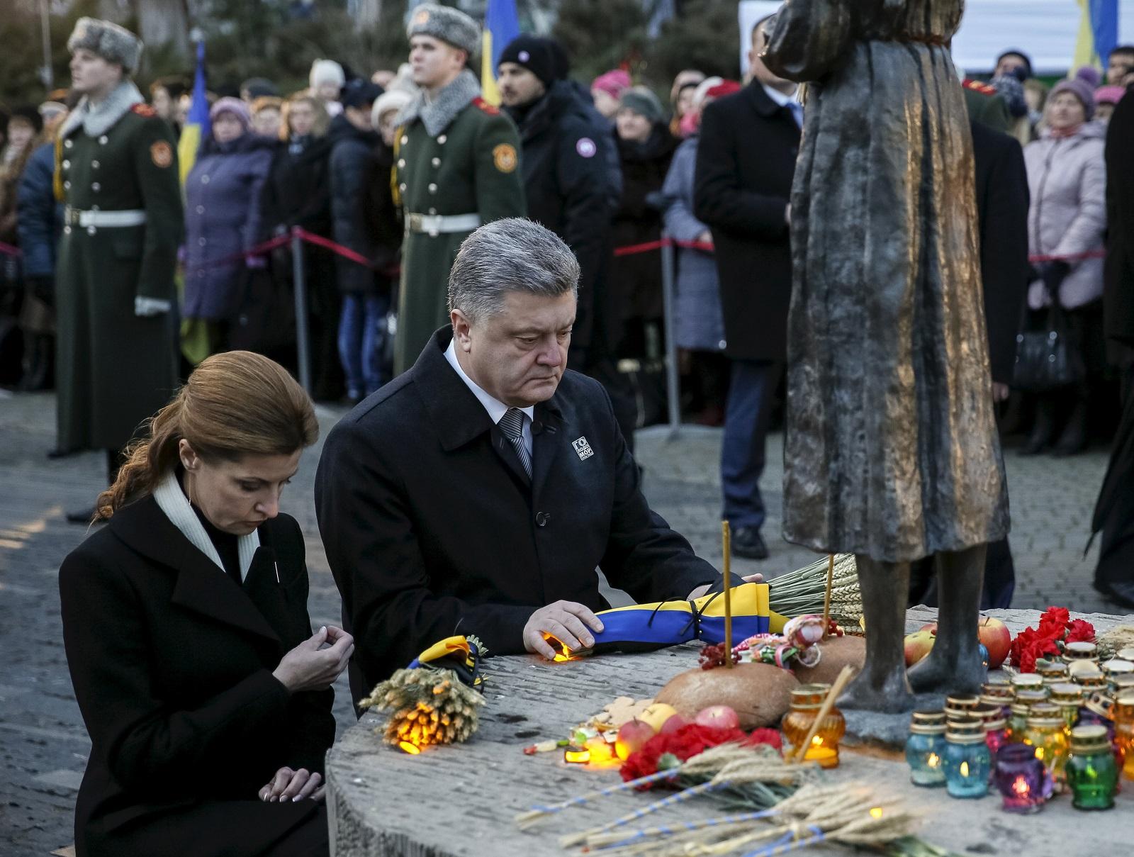 Ukraine President Petro Poroshenko Maryn Holodomor memorial