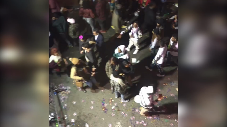 New Orleans: One killed and 9 wounded in Bourbon Street gun battle