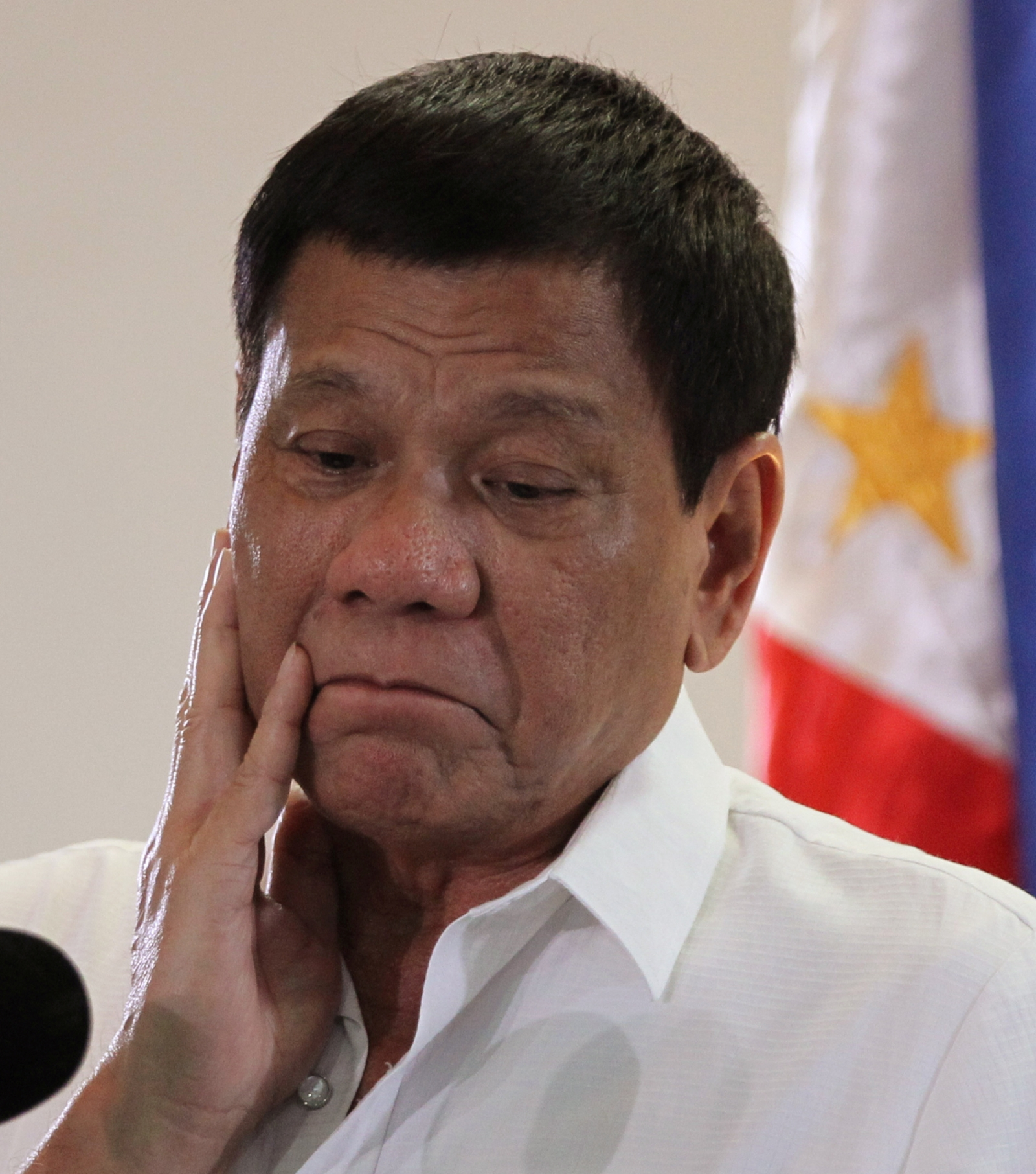 Duterte admitted that he personally killed drug dealers 12/14/2016